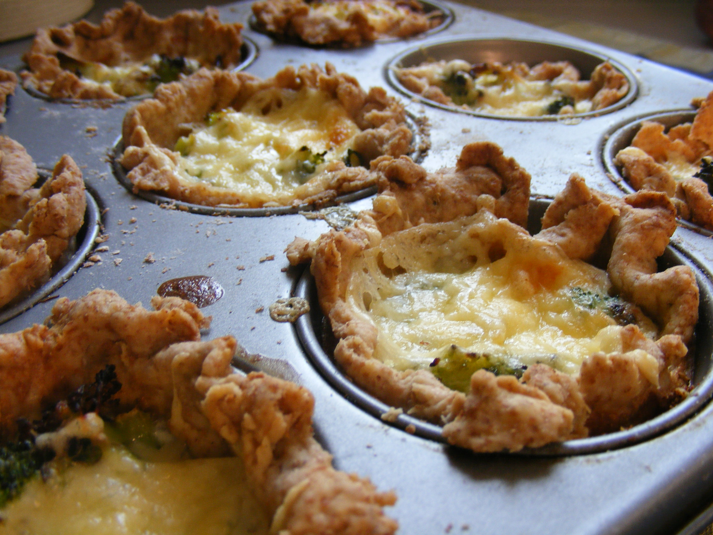 Chicken And Broccoli Quiche images